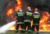 Pożar konstrukcji mostu na autostradzie